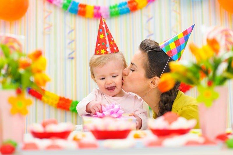 15 Ideen Für Die Geschenke Zum Ersten Geburtstag