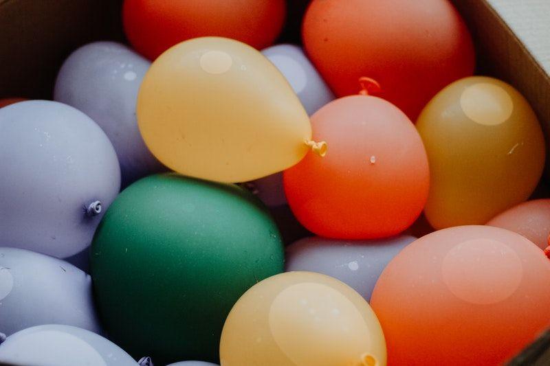 farbige Wasserballons