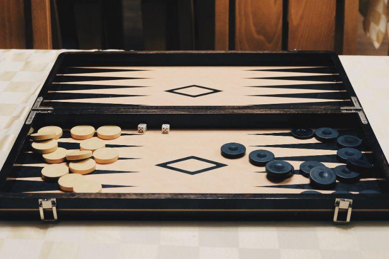 Backgammon Aufstellung Start