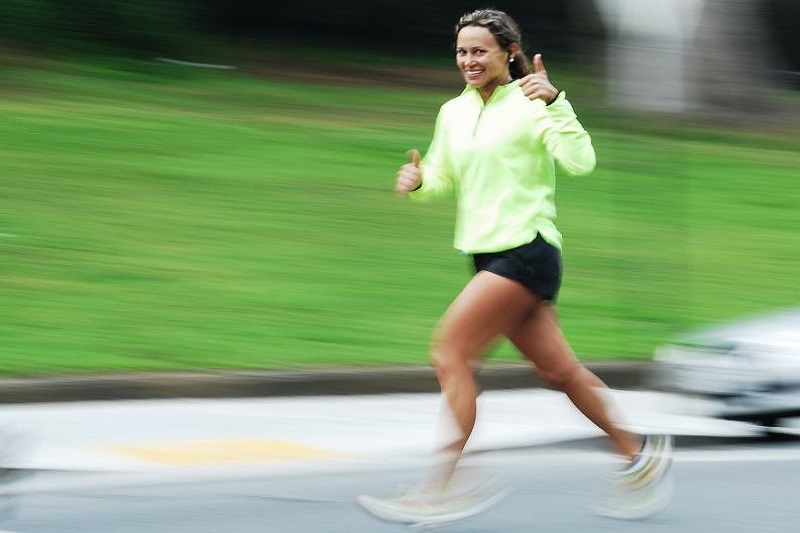 Frau-joggen
