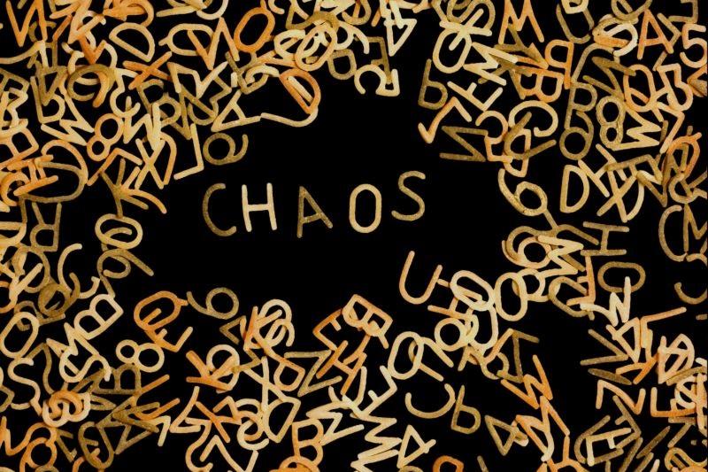 Chaosspiel: Spielregeln, Aufgaben und Fragen
