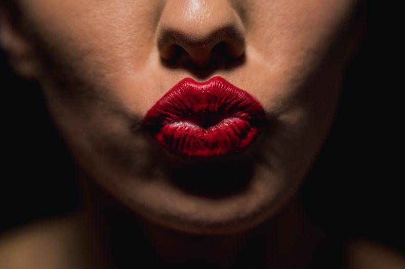 rote-lippen-Kusschen