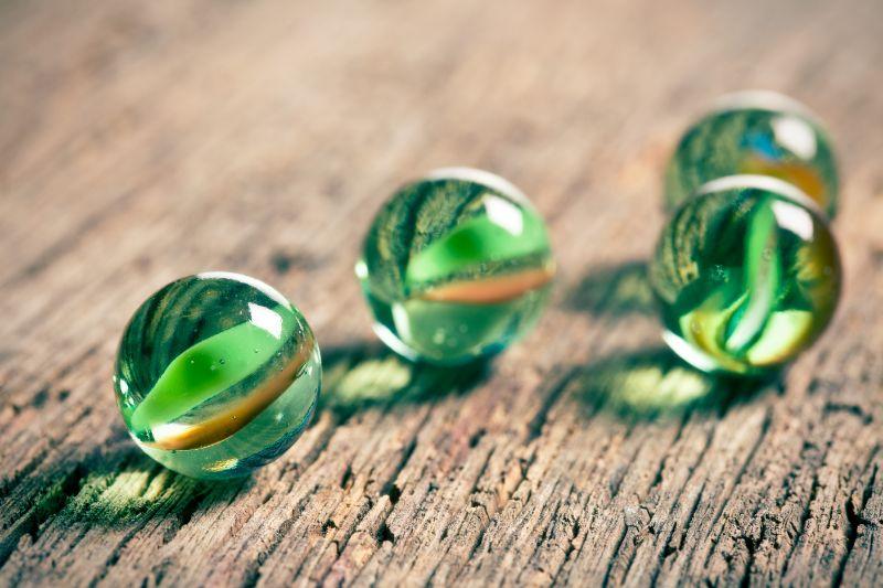 Marmorkugeln-aus-Glas