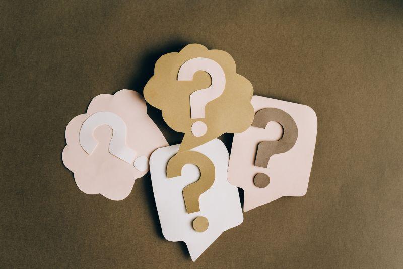 viele-Fragezeichen