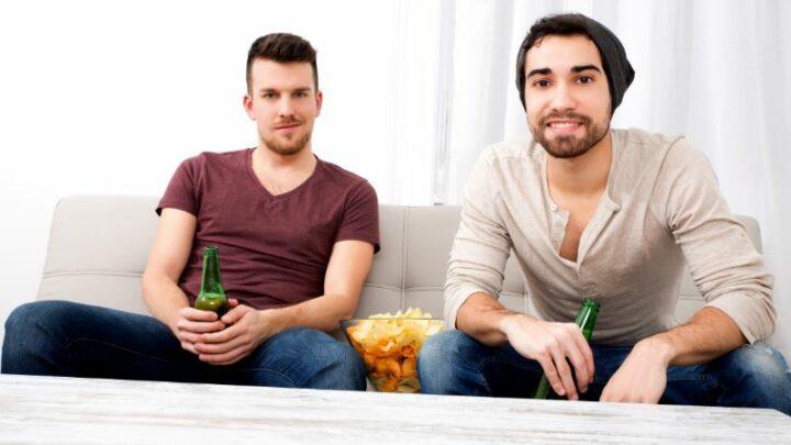 Trinkspiel Tisch: Das Beste DIY Drinking Game!
