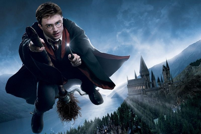 Harry-Potter-fliegt-in-der-Luft