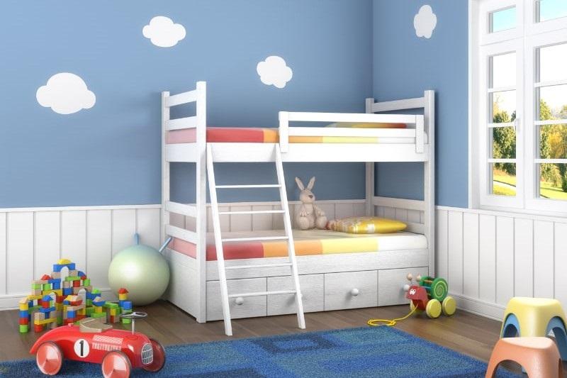 Blaues-Kinderzimmer-mit-Spielzeug