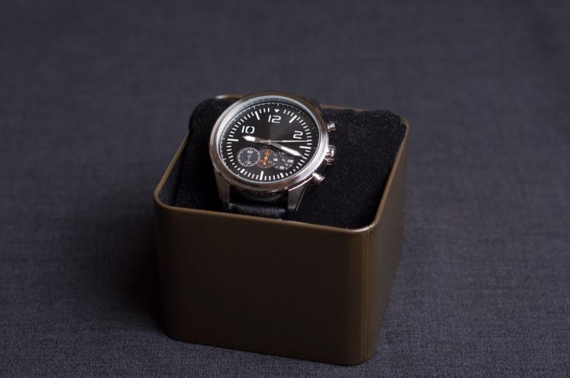 Luxusuhr-in-einer-Box