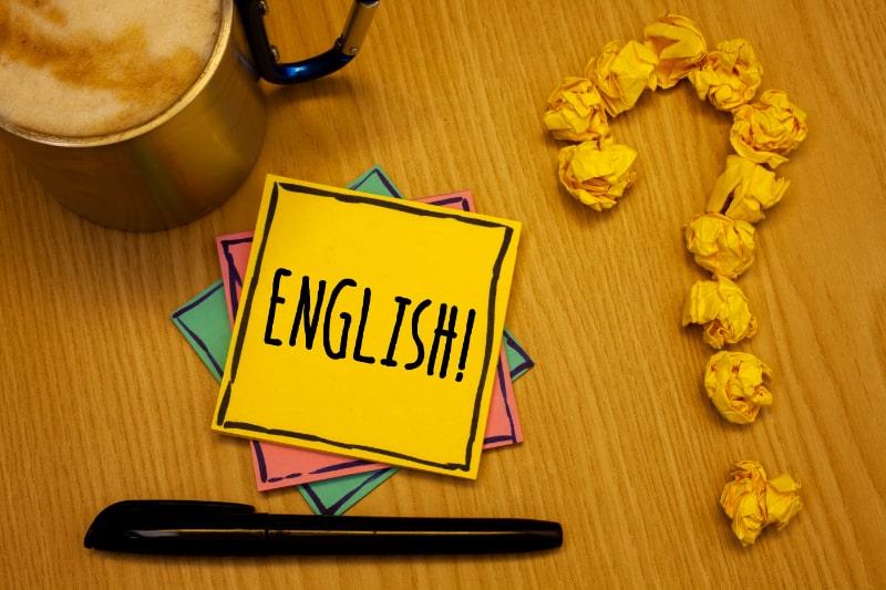 Schreibnotiz-mit-englischem-Motivationsruf.
