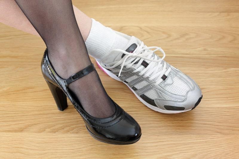 Work-Life-Balance-Frauenbeine