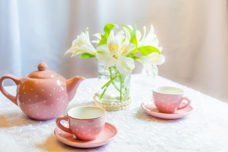 Tee-Party-tisch-dekoration
