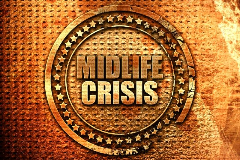 Midlife-Crisis-3D-Rendering-Grunge-Metallstempel